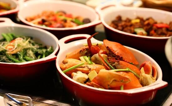 環球海鮮豐盛自助午餐
