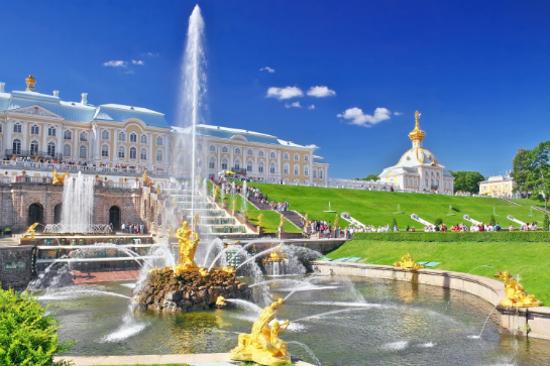 彼得夏宮噴泉