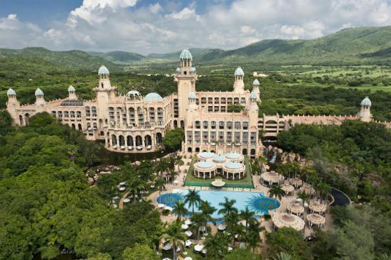 迷城皇宮酒店