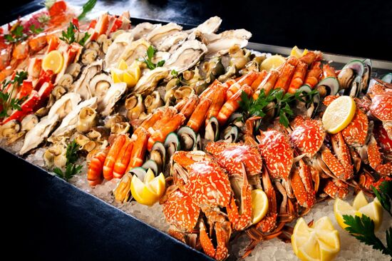 人山人海國際美食自助餐