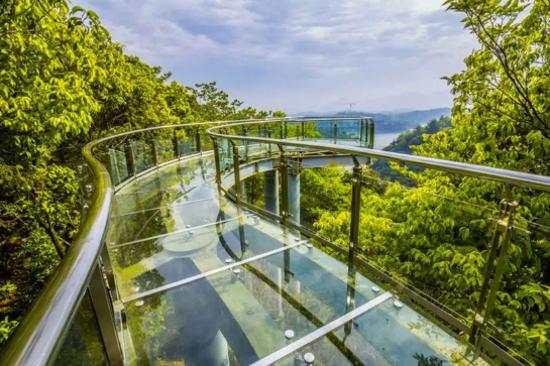 女神島玻璃棧道