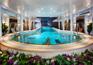 世紀神話號泳池