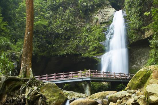 松瀧岩瀑布2
