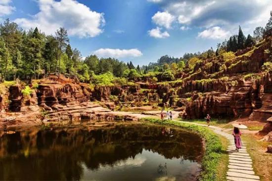 紅石林-天池