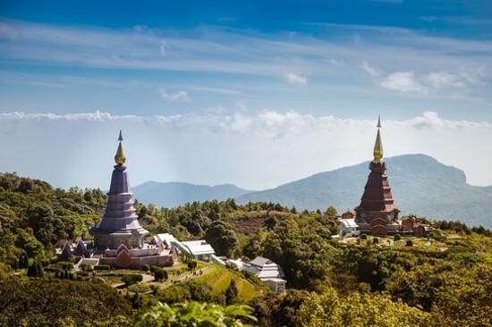 Naphamethinidon and Naphaphonphumisiri Pagoda_九世皇國王皇后紀念塔