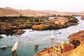 【稅項全包】埃及10天古國之旅 開羅金字塔、亞斯旺、樂蜀帝皇谷、紅海洪加達、尼羅河遊船