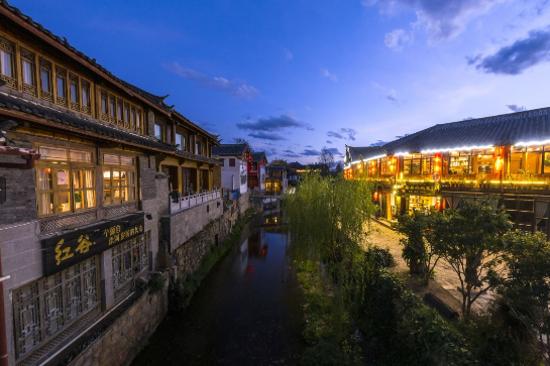 夜遊束河古鎮