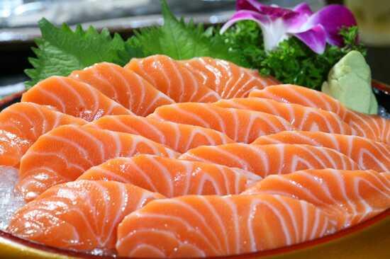 三文魚自助晚餐