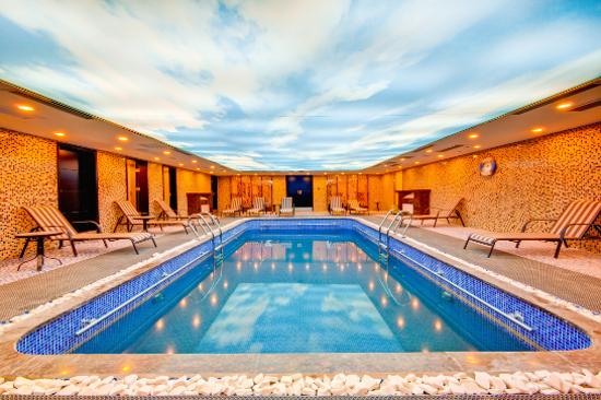 室內恆溫泳池