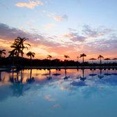 【市區/海灘區酒店】沖繩自由行套票5-31天