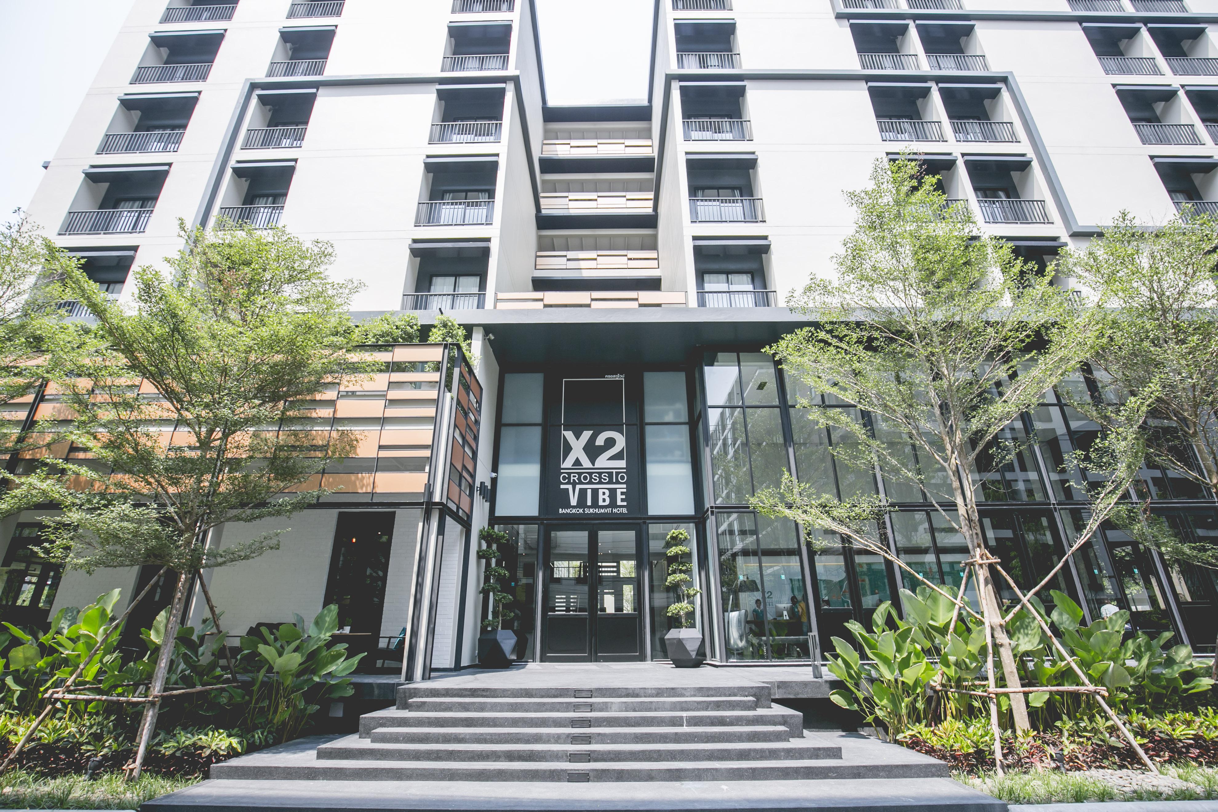 【X2 Vibe Bangkok Sukhumvit】送4G 8日電話數據卡(僅適用於2018年7月10日後之訂單)|曼谷自由行套票3-31天
