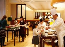 【HOTEL KEIHAN UNIVERSAL TOWER自助晚餐】大阪自由行套票5-31天