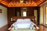 湖泉酒店房間