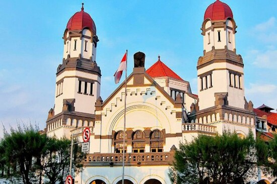 Lawang Sewu(鐵路大樓)「千門」