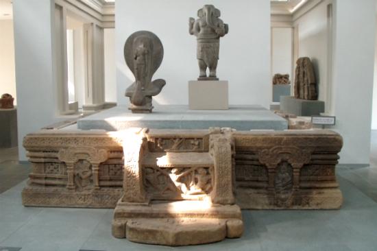 峴港占婆雕刻博物館