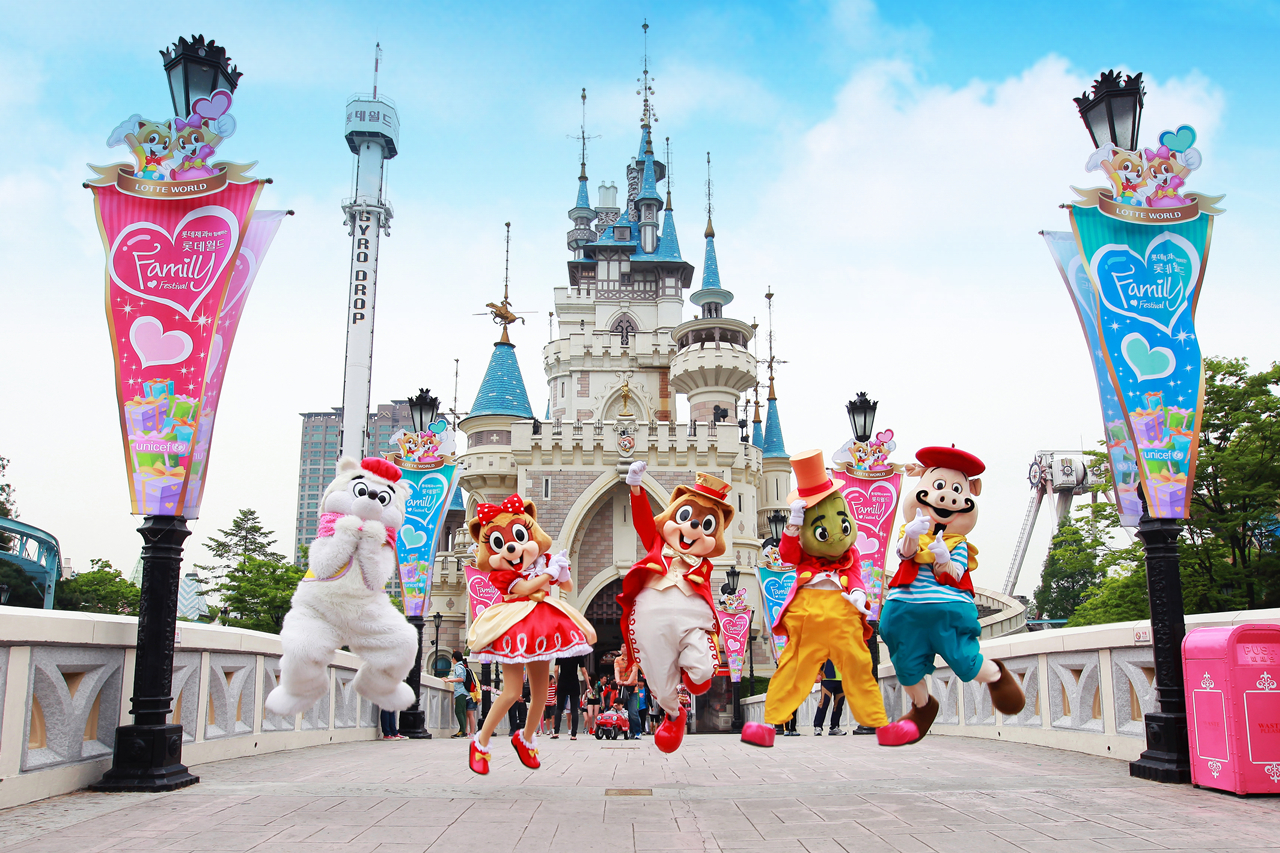 【LOTTE WORLD 樂天世界】世界上最大的室內遊樂園之一 | 首爾自由行套票3-31天