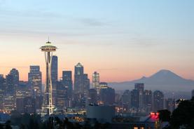 美國‧西雅圖(波音工廠、音樂及科幻體驗館、西雅圖摩天輪、派克市場、拓荒者廣場、太空針塔、奧林匹克國家公園、萊溫芙絲鎮、斯諾誇爾米瀑布) 7天團
