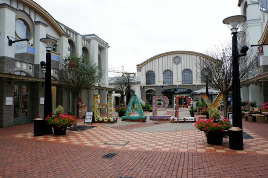 因格爾施特購物村