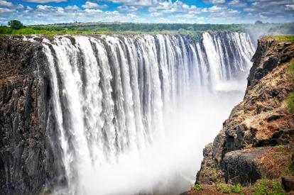 【稅項全包】津巴布韋(維多利亞大瀑布)、博茨瓦納(高比野生動物保護區)7天深度體驗之旅