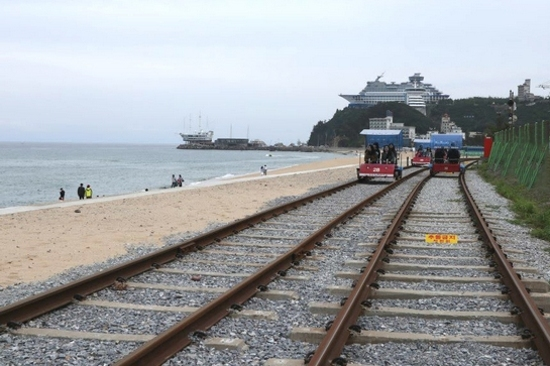 正東津鐵路自行車