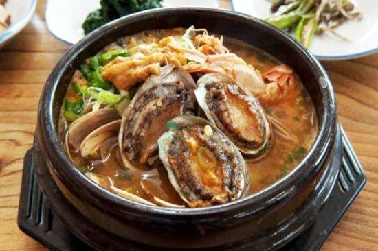 鮑魚海鮮砂窩或鮮味鮑魚粥(2選1)