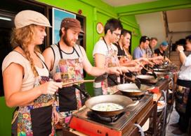 【Silom 半天泰菜烹飪班】曼谷自由行套票3-14天