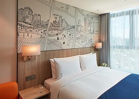 【限時優惠】Holiday Inn Express Hongdae | 首爾自由行套票3-14天