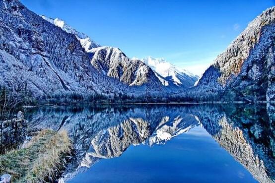 【澳門出發。賞雪】《三大世界遺產》童話世界~九寨溝、牟尼溝(中華第一鈣化大瀑布)、東方小瑞士~畢棚溝 直航成都6天之旅