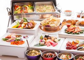【香港城景國際】自助午餐+延遲退房至下午3時│Staycation Package