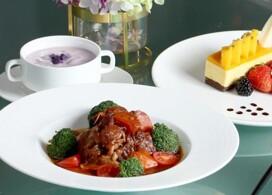 【富豪香港酒店】Tiffany Lounge 西式午餐+早餐│Staycation Package