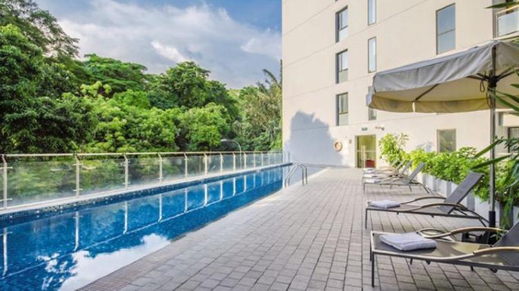 新加坡港灣彩鴻酒店+國泰航空機票套票
